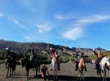 Seronoknya Menunggang Kuda di Gunung Bromo