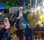 Jom2,, Kita Makan Durian Di Dekat Gunung Bromo